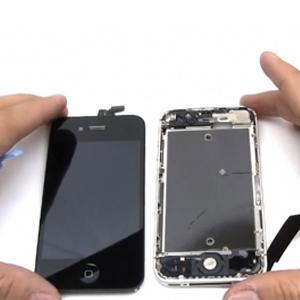 Дисплей и корпус смартфона 4s
