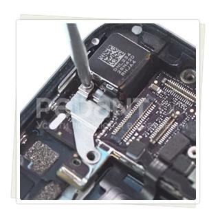 Не работает задняя камера iPhone